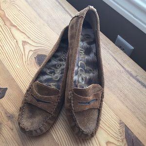 Women's Sam Edelman brown suede loafer-never worn